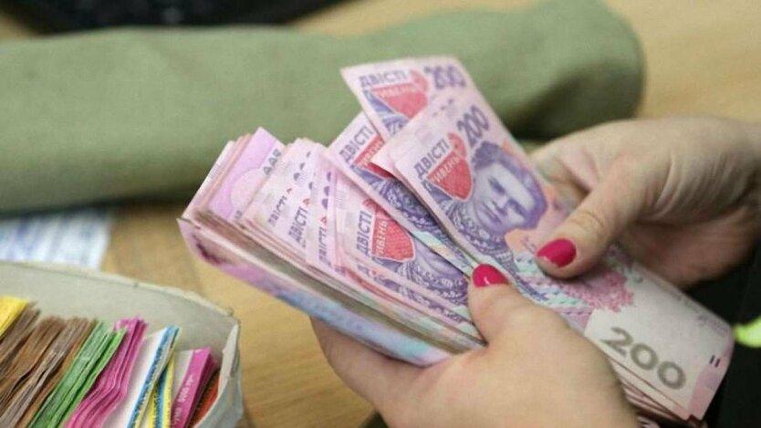 Маніпуляції з прожитковим мінімумом в Україні