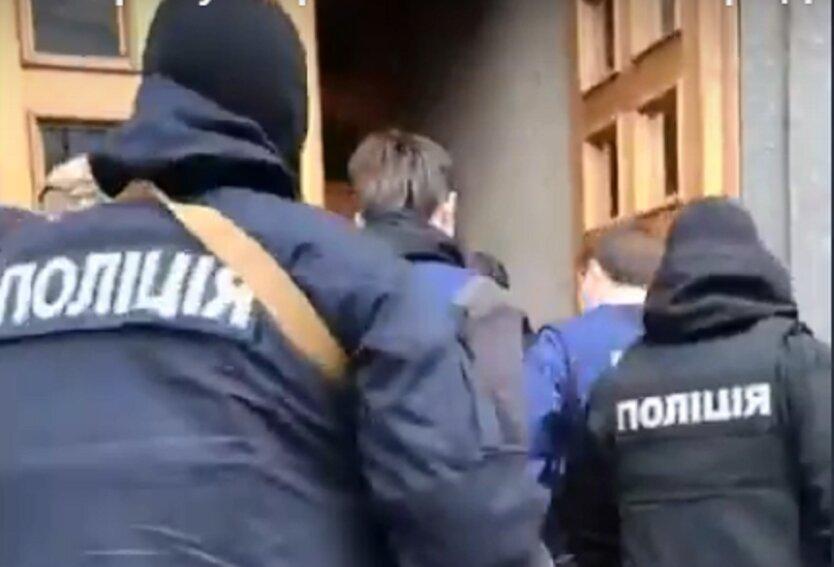 Обыск в Харьковском горсовете