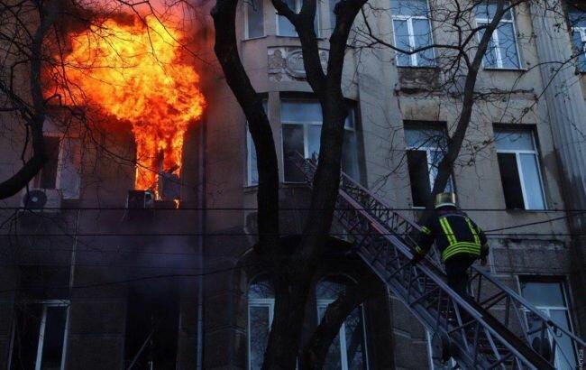 В центре Одессы произошел масштабный пожар: пострадали дети