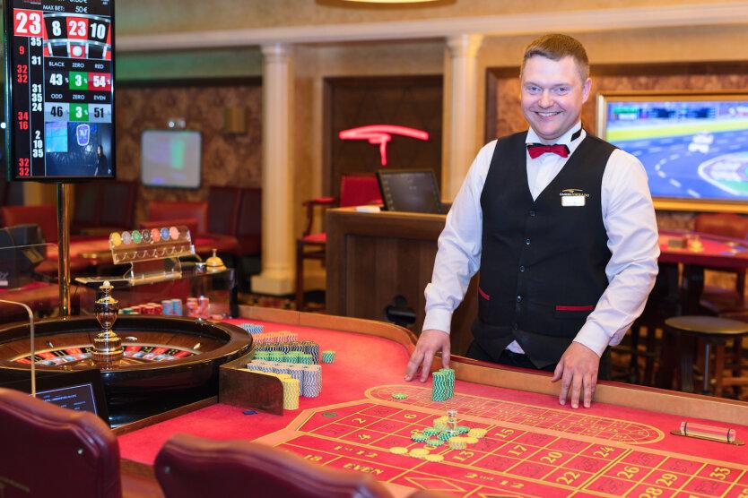 Игровые доходы казино как подсчитать косынка пасьянс играть бесплатно по карты