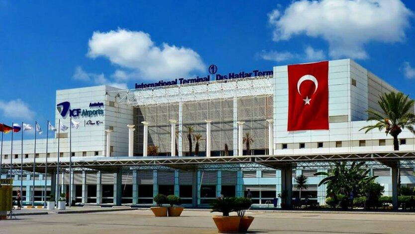 antaliya_aeroport