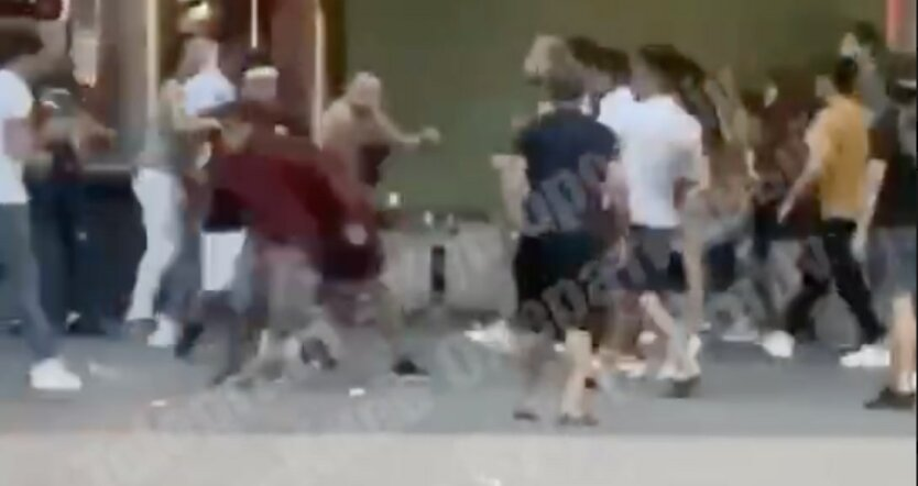 Потасовка со стрельбой в Киеве