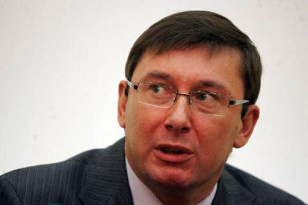 Могу стать президентом Украины, но не собираюсь, — Луценко