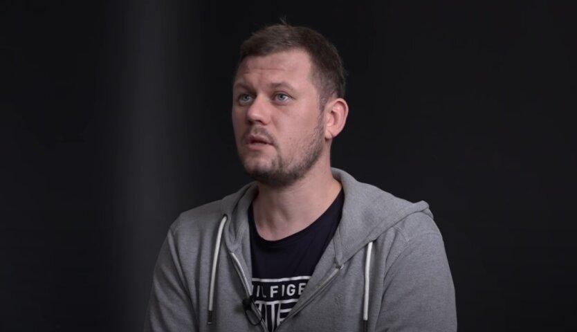 Денис Казанский, Донбасс, общенациональный опрос