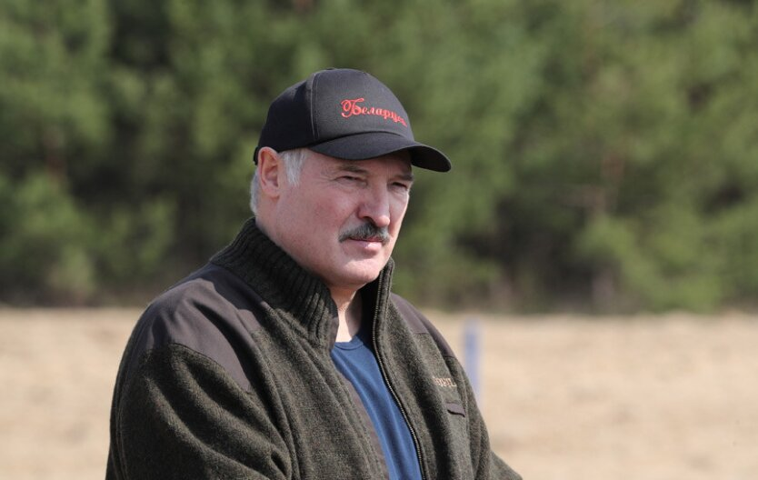 Президент Беларуси Александр Лукашенко, субботник Лукашенко, Лукашенко о коронавирусе
