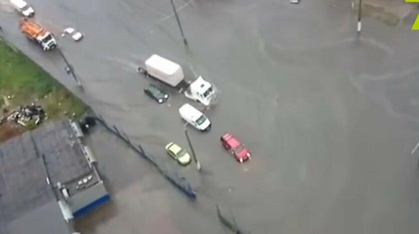 Одессе, сильный ливень, общественный транспорт
