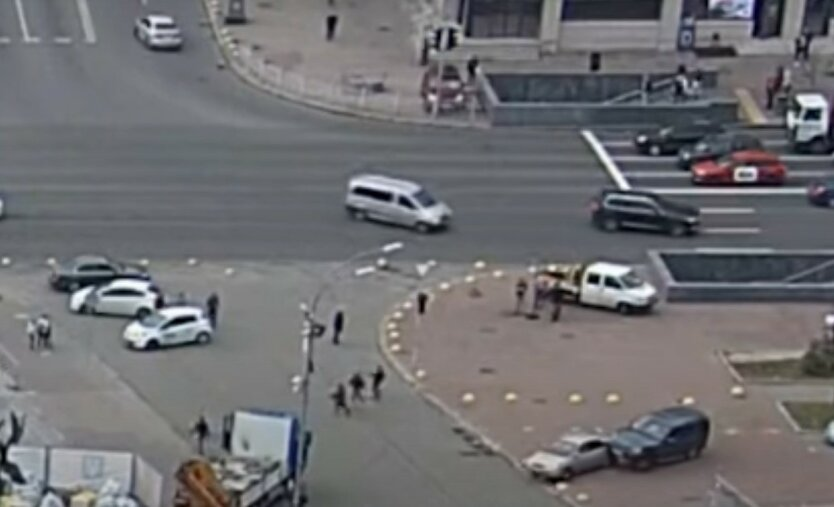 Полиция проследила путь внедорожника, устроившего смертельное ДТП в Киеве: видео