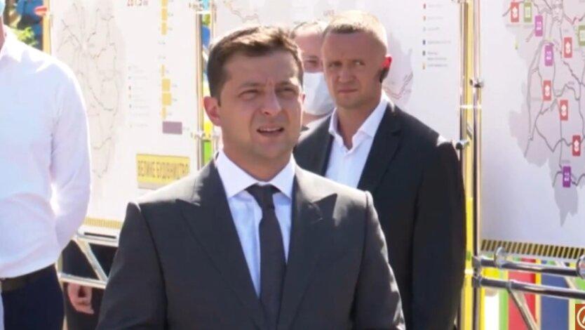 Зеленский намекнул, что Лерос предатель и взяточник