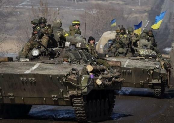 Украинские танки Дебальцево