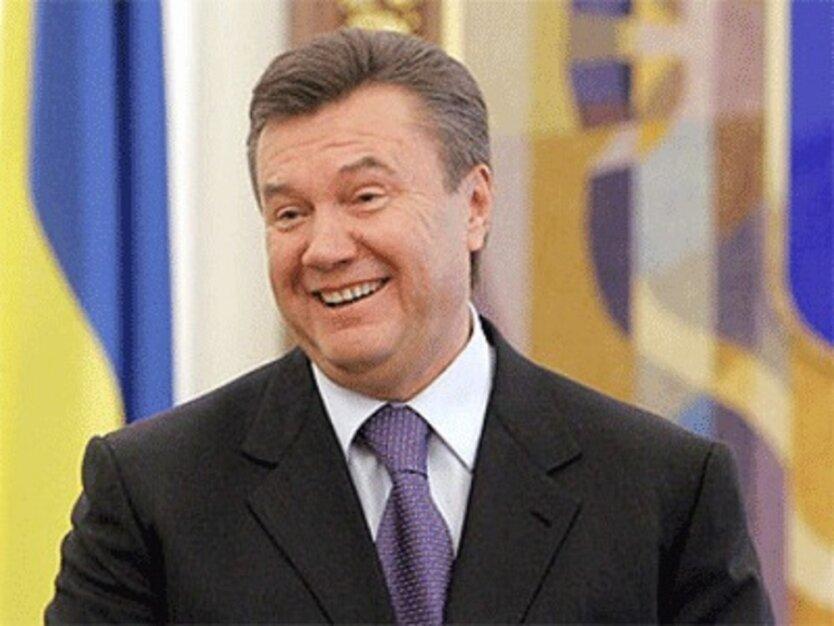 В Виннице Януковичу целовали руки