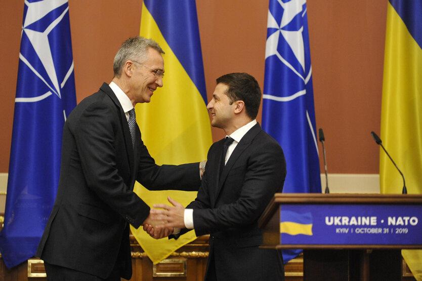 """Вступление Украины в НАТО,Дмитрий Кулеба,МИД Украины,закон """"Об оборонных закупках"""""""