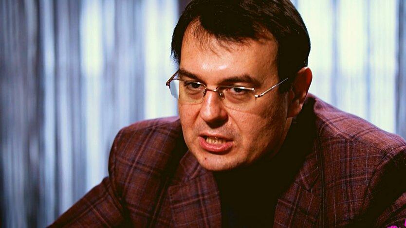 Нардеп Вадим Гетманцев дает интервью