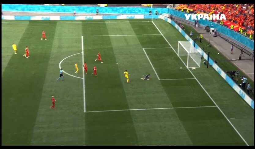 Украина в напряженном матче победила Северную Македонию