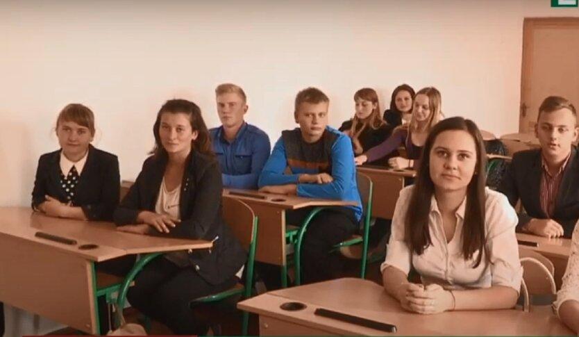 Киев не будет продлевать учебный год на лето