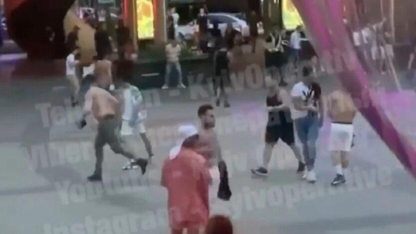 Массовая драка в Киеве