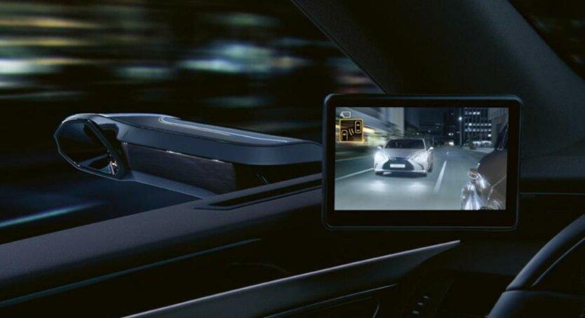 седан Lexus ES