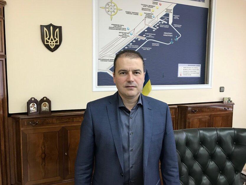 aleksandr-oleynik-direktor-mariupolskogo-porta