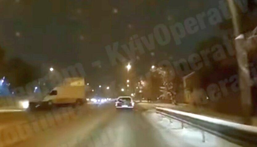 Под Киевом случилось жуткое ДТП: видео