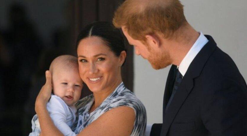 Меган Маркл и принцу Гарри заплатят за решение не заводить больше двух детей