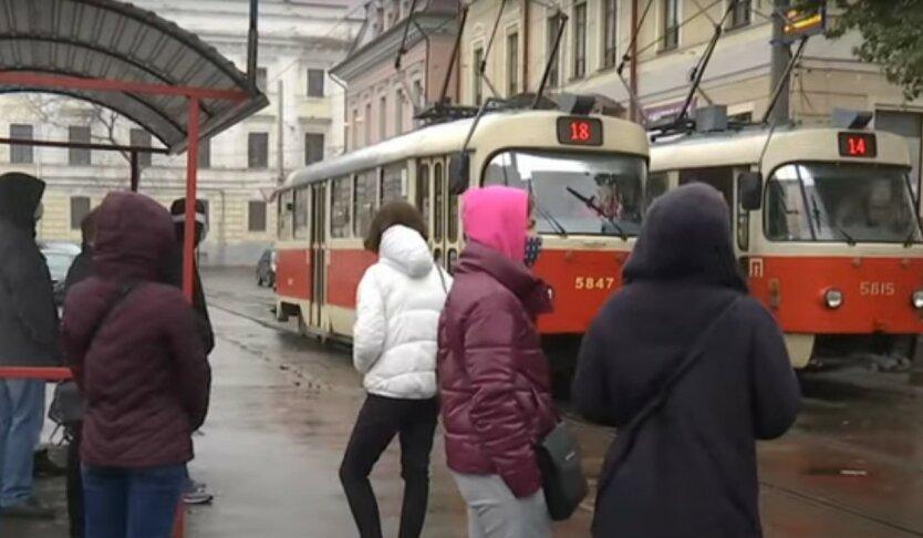 Украину снова поделили на карантинные зоны