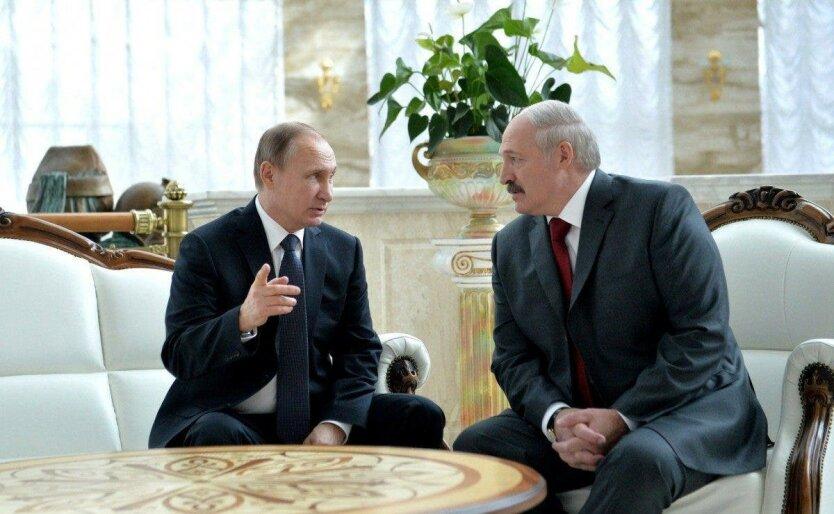 Мягкая аннексия Беларуси. Зеленые человечки пока серые