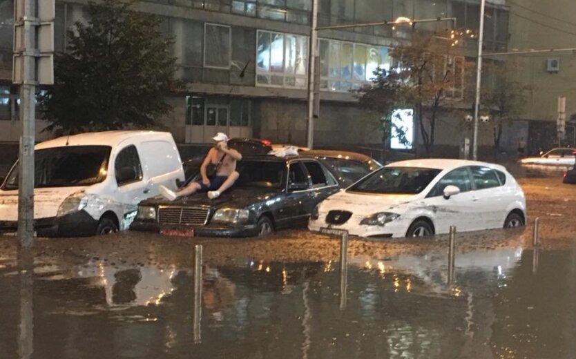 Ливни в Украине, дождь в киеве