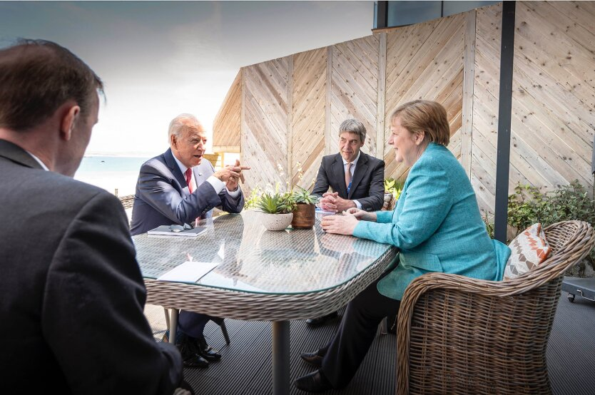 Джо Байден и Ангела Меркель, g7, северный поток-2, путин, транзит газа