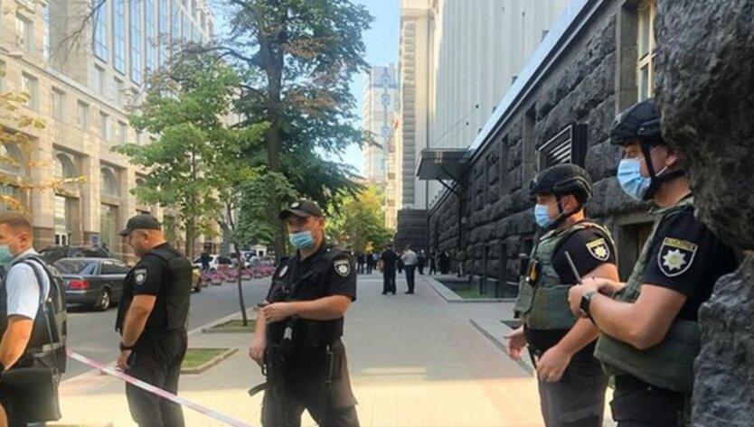 Мужчину с гранатой в здании Кабмина задержали