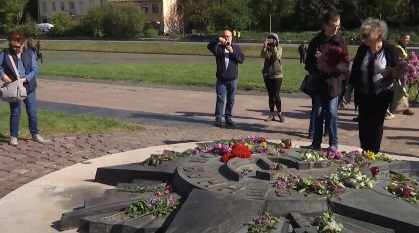День Победы, Украина