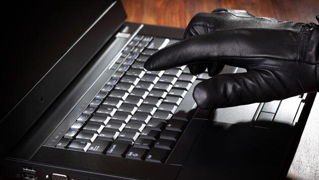 хакер киберпреступник интернет компьютер