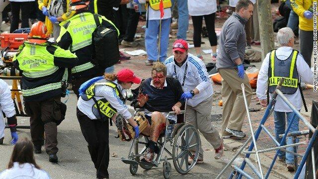 В библиотеке Бостона взрыв. Полиция заявляет о множестве бомб в городе