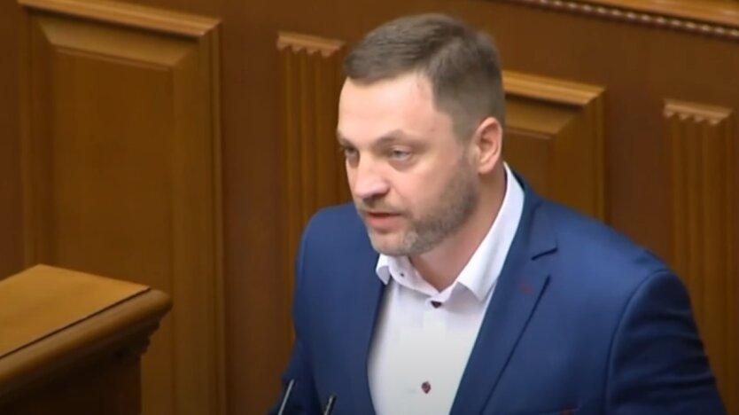 Денис Монастырский, МВД
