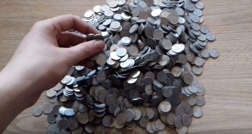 монеты гривны