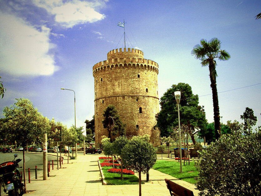 1024px-salonica_white_tower