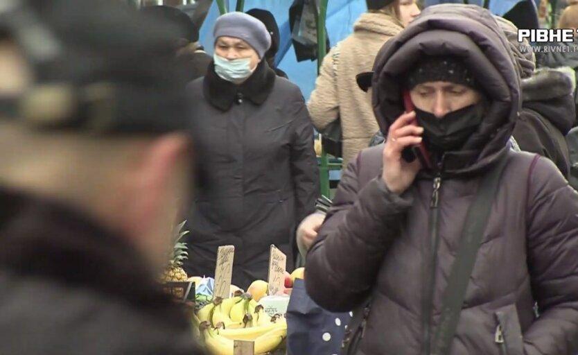 Пенсии в Украине, легализация зарплат, рейды