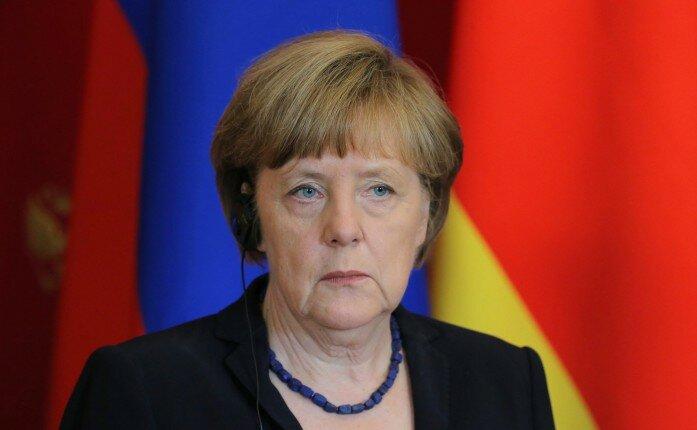 Angela-Merkel3-697×430