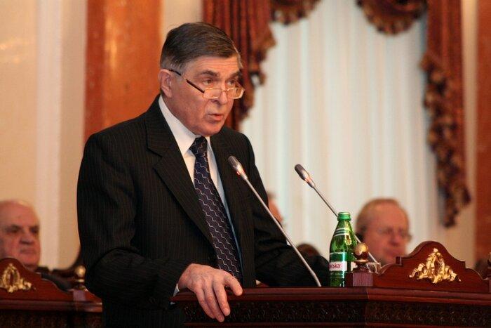 Верховная Рада отправила в отставку главу Верховного суда