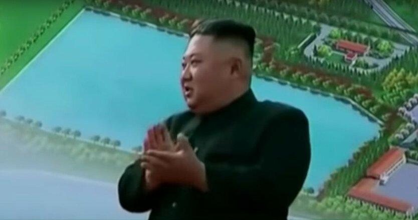 У Ким Чен Ына увидели загадочную метку на руке
