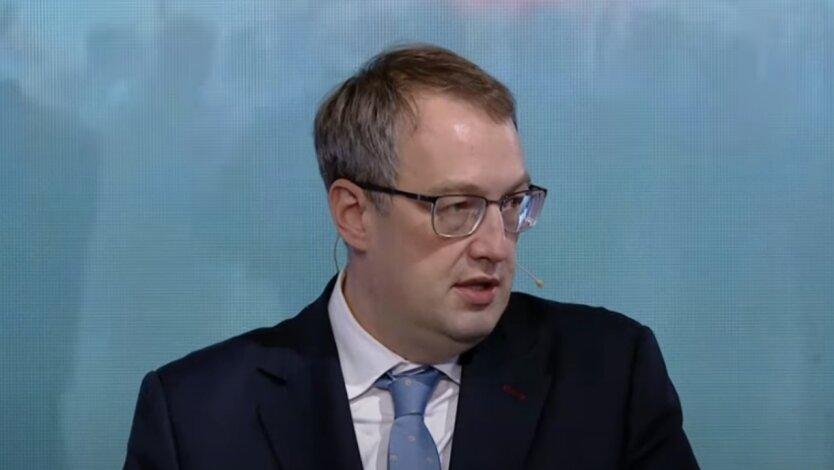 Антон Геращенко, нарушения ПДД, штрафы