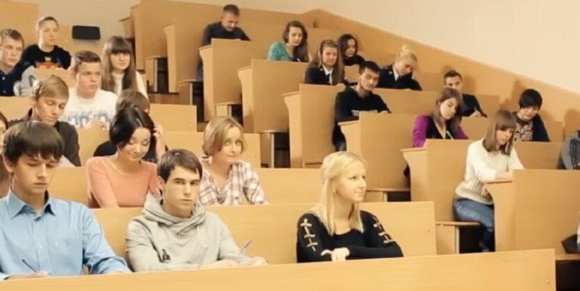 Зачисление в стаж времени обучения в университете