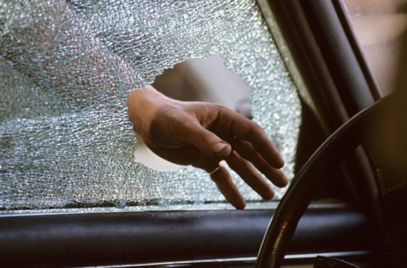 угон авто ограбление
