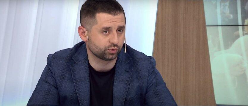 Давид Арахамия,Слуга народа,выборы в ОРДЛО,условие для выборов в ОРДЛО,война на Донбассе