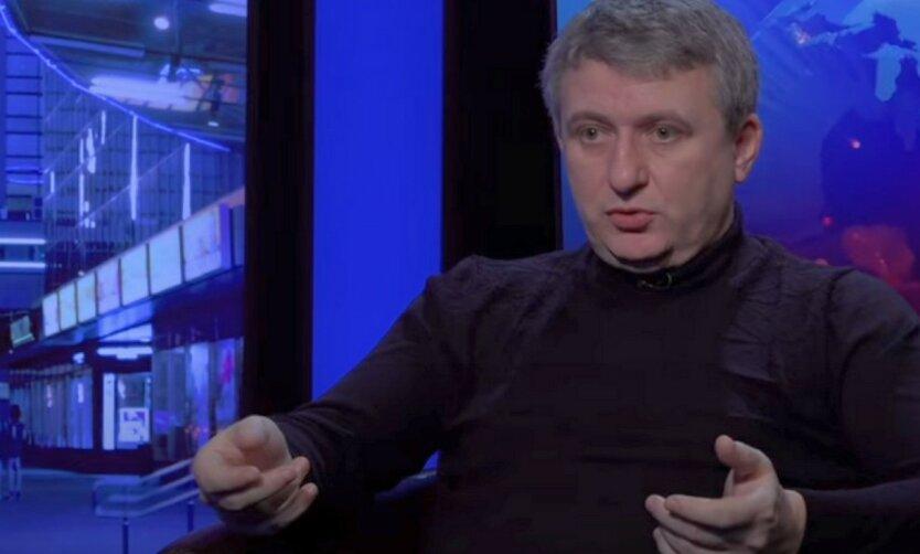 Романенко объяснил, чем грозит Зеленскому битва с олигархами
