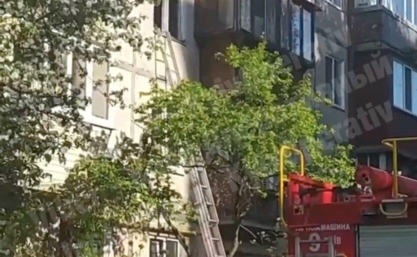 В Киеве прогремел взрыв в многоэтажке, есть пострадавший