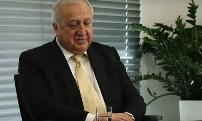 Шевки Аджунер, глава набсовета Укрзализныци