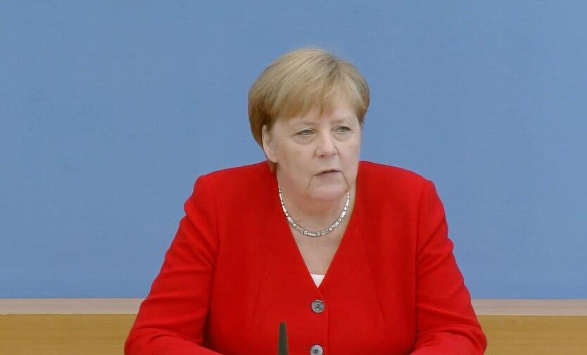 Канцлер Германии Ангела Меркель, Меркель о сша, Меркель о путине