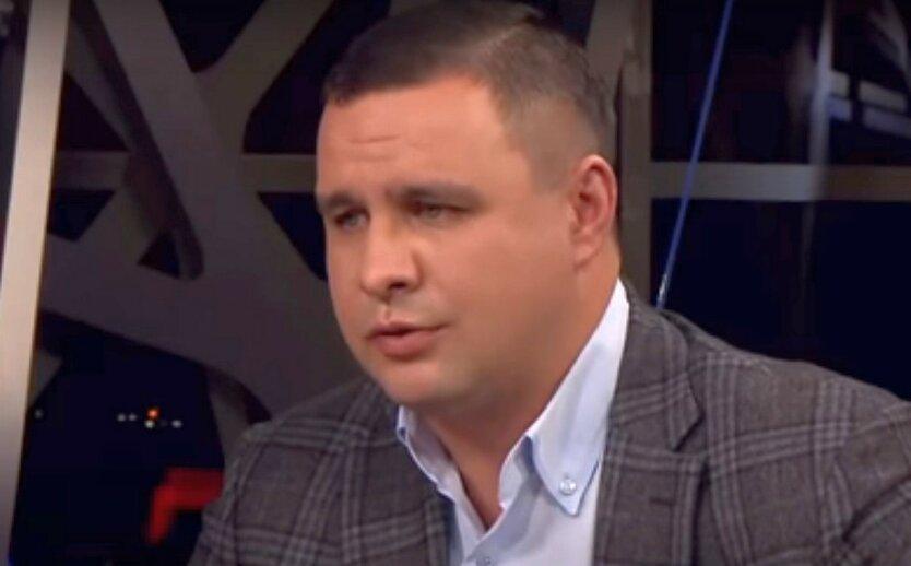 Бутусов сообщил об обыске у Микитася