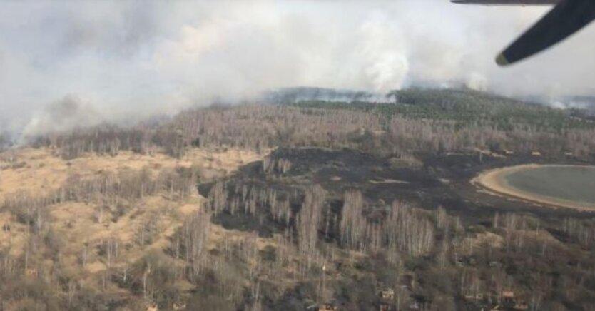Пожар в Чернобыльской зоне приблизился к хранилищам с радиоотходами