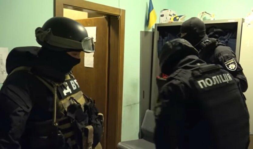 Нацполиция, участок в Киевской области, изнасилование и избиение