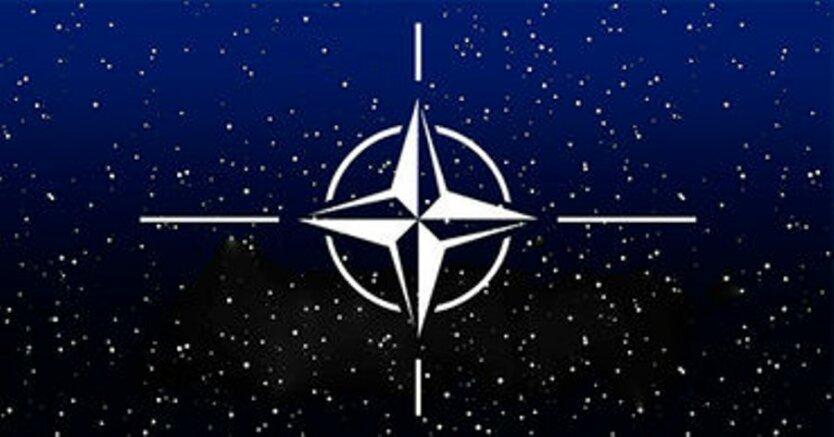 НАТО_космос
